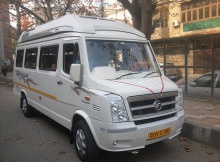 11-seater-luxury-tempo-traveller3