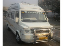 14 Seater Tempo Traveller3