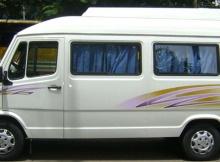 14 seater tempo traveler, group trip to Manali