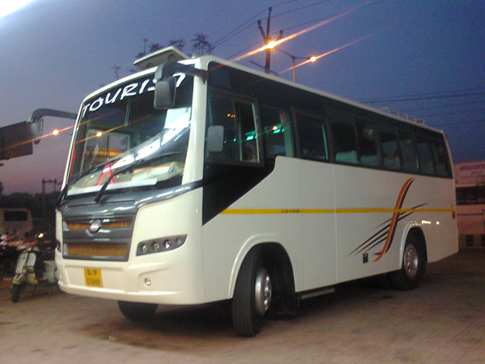 27 Seater Coach Hire for Luxury Journey