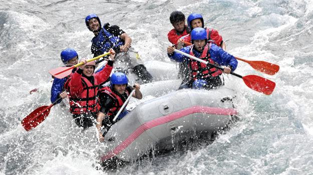 Enjoy Rafting in Manali Tour Package