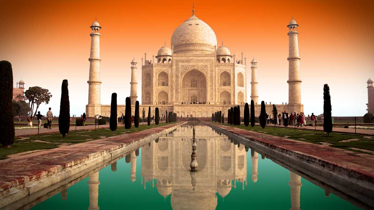 Top 10 Places in Golden Triangle Tour India