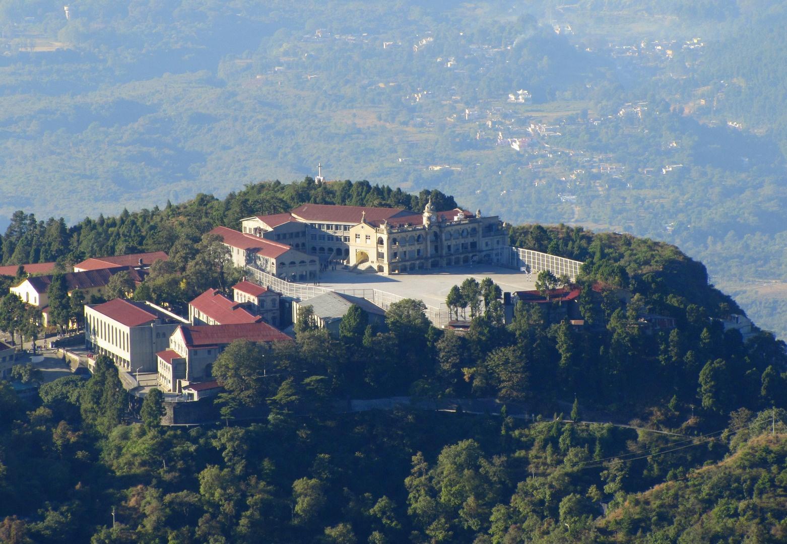 Dehradun : Best place to invest holidays