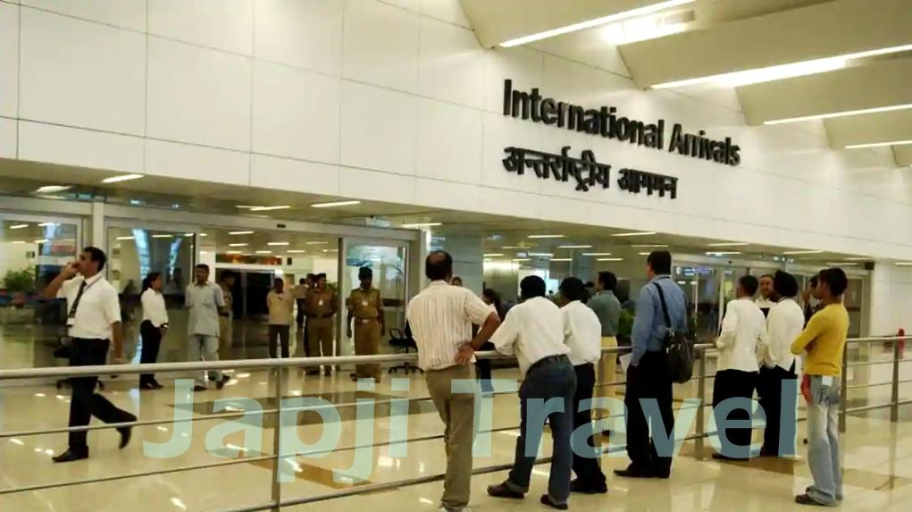 delhi airport car