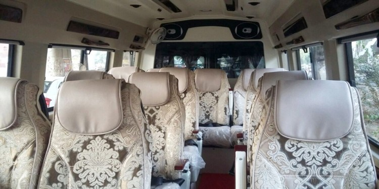 Deluxe Tempo Traveller Interior picture
