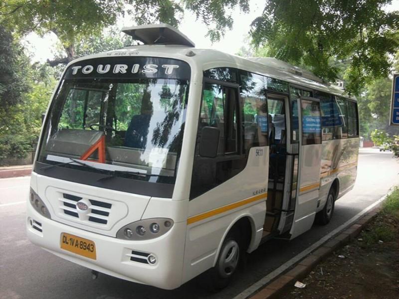 20 seater minibus