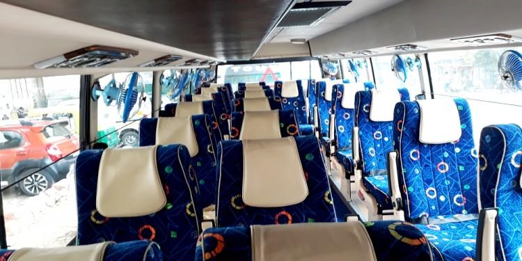21 Seater Luxury Minibus