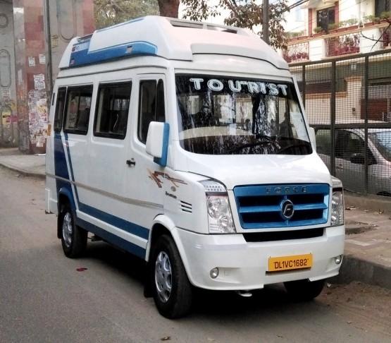 Luxury Tempo Traveller New Delhi