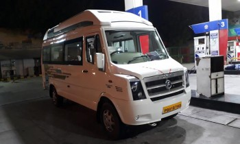 Air Suspension Tempo Traveller