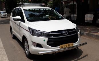 6 Seater Toyota Innova Crysta