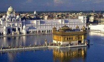 Visit Golden Temple Sikh Temple in Punjab Amritsar