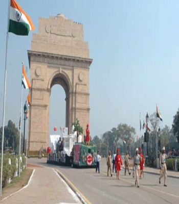 India Gate Sightseeing Place Delhi