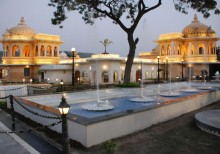 Udaipur City Sightseeing Tour