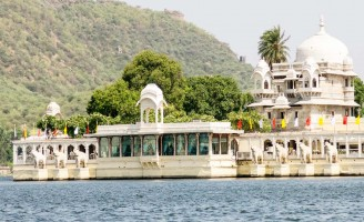 7 days golden triangle with pushkar