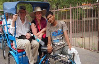 Rickshaw Ride in Delhi Sightseeing